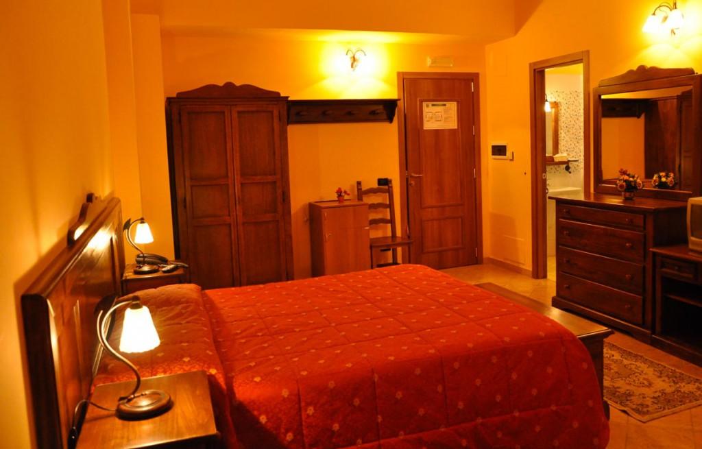 Camere Da Letto Reggio Calabria.Hotel Miramonti Sulla Neve Gambarie Hotel In Calabria